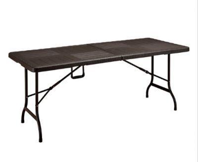 Стол складной F180Кемпинговая мебель<br><br> Большой прочный стол для большой компании !!!<br><br><br> Стол складной F180 размером 179х74 см, создан специально для тех, кто любит отдыхать на природе большой компанией. Рассчитанная на 7-8 человек модель, сделает ваш пикник максимально комфортным и приятным. Специальное покрытие под дерево пластиковой столешницы поможет избежать мини-повреждений как при использовании, так и при транспортировке изделия. Хранение стола не доставит хлопот, т.к. ножки компактно складываются внутрь столешницы. Стол складной F180 станет отличным подарком для любителей активного отдыха.<br><br><br> Нагрузка до 40 кг.<br><br>Характеристики<br><br><br><br><br> Max вес пользователя:<br><br><br> макс нагрузка 40 кг<br><br><br><br><br> Вес:<br><br><br> 14 кг.<br><br><br><br><br> Все размеры:<br><br><br> 179х74.5х72 см<br><br><br><br><br> Высота:<br><br><br> 72 см<br><br><br><br><br> Каркас:<br><br><br> стальная труба ? 25х1 мм<br><br><br><br><br> Материал:<br><br><br> пластик HDPE, имитация под дерево<br><br><br><br><br> упаковка габариты см:<br><br><br> 95*75*10<br><br><br><br><br>