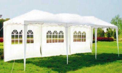 Садовый тент шатер Green Glade 1060 (Комплект из 2-х коробок)Тенты Шатры<br><br> В этом шатре площадью 27 кв. м. комфортно разместится 30 человек.<br><br><br> Садовый тент Green glade 1060 служит для более комфортного проведения активного отдыха на природе. Изделие надежно защищает от палящего солнца. Шатер легко устанавливается, подходит для размещения семьи или большой компании друзей на пикнике вблизи озера, в лесу, а также на территории загородного участка. Тент выполнен в белом цвете из качественного материала - полиэстера. Металлический трубчатый каркас обеспечивает жесткость и надежность конструкции.<br><br><br> Часто такие шатры используют как тент над бассейном, чтобы туда не попадал мусор, листва, а также чтобы защититься от солнца, а может даже и дождя. А шатры с москитными сетками еще и прекрасно защитят купальщиков от насекомых.<br> В этом шатре Вы сможете разместить круглый бассейн шириной не более 2,8 м.<br><br>Характеристики:<br><br><br><br><br><br><br> упаковка габариты 2 место см:<br><br><br> 117*21*24<br><br><br><br><br> Вес:<br><br><br> 32 кг.<br><br><br><br><br> Все размеры:<br><br><br> 3(Д)х9(Ш)х2,5(В) м. Площадь -27 кв. м.<br><br><br><br><br> Высота:<br><br><br> 2,5 м.<br><br><br><br><br> Каркас:<br><br><br> Металлическая трубка (25/25/32 мм), пластиковые соединения.<br><br><br><br><br> Материал:<br><br><br> Полиэстр 160 г.<br><br><br><br><br> Особенности:<br><br><br> Волнистый карниз. 3 стенки в комплекте. Стенки на липучках.<br><br><br><br><br> упаковка габариты см:<br><br><br> 116*22*26<br><br><br><br><br> Цветовое исполнение:<br><br><br> белый.<br><br><br><br><br>