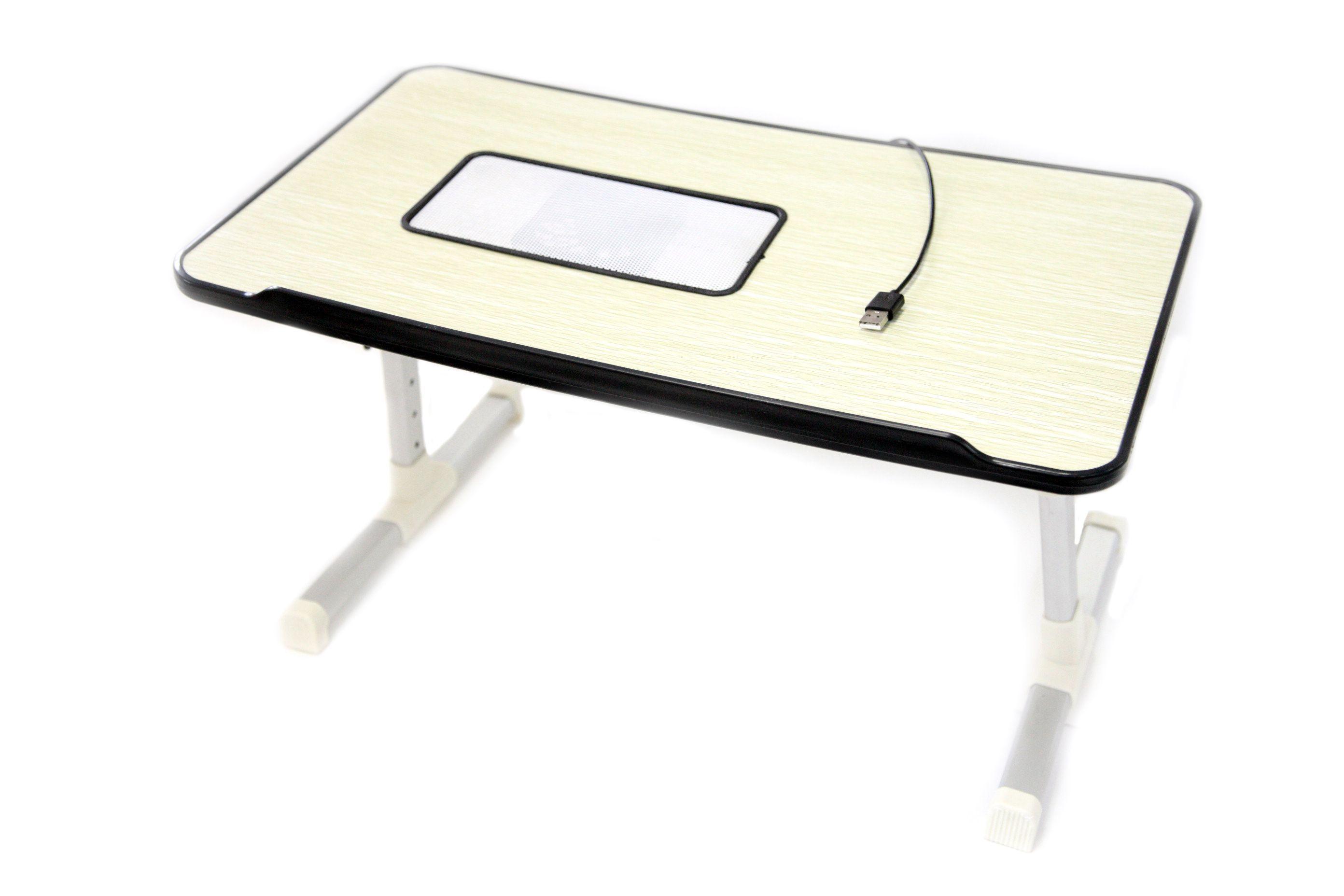 Столик трансформер для ноутбука LapTopDesk, LDTop (52X30 см, USB, model: D -5230), с охлаждениемСтолики для ноутбука<br>Столик трансформер для ноутбука LapTopDesk, LDTop (52X30 см, USB, model: D -5230)<br> <br>Вам часто приходится работать дома за ноутбуком? Устает спина от неудобного сидения с ним на коленях? Ваш гаджет стал греться во время работы? Любите завтрак в постели?<br> <br>Решите все эти проблемы одним махом, для этого вам нужно купить недорогой столик трансформер для ноутбука.<br> <br>Довольные покупатели отмечают в своих отзывах, что они ещё не видели настолько практичного и многофункционального столика, который прекрасно вписывается в любой интерьер. А невысокая цена не ударит по вашему бюджету. <br> <br>  <br> <br>Особенности столика трансформера<br> <br>Недорогой складной столик трансформер для ноутбука стал настоящей находкой для тех, кто сталкивается с необходимостью работать дома. <br> <br>Его особенная конструкция делает его невероятно удобным, так как позволяет изменять положение и угол наклона подставки от 0 до 30 градусов, чтобы подстроить ее под свои предпочтения, а также можно и изменить длину ножек для удобства. Они выполнены из высококачественного сплава из алюминия, который обладает малым весом, и при этом прочный и надежный.<br> <br>Возможность установки угла и высоты платформы делает такой столик очень удобным при чтении электронной книги, к примеру, с планшета, или просмотра фильма.<br> <br>Помимо этого складной столик трансформер для ноутбука оснащен активной системой охлаждения, поэтому вы можете быть уверенны в том, что ваш электронный помощник точно не перегреется, даже если вы его активно используете. <br> <br>Охлаждение происходит благодаря работе мощного вентилятора диаметром 12 сантиметров, который работает абсолютно бесшумно, поэтому не будет вас тревожить или отвлекать. Даже если вы не будете ее включать, специальная решетка, вмонтированная в подставку, обеспечит отвод горячего воздуха от ноутбука или планшета.<br> <br>  <br>