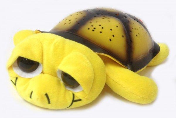 Ночник проектор звездного неба Музыкальная черепаха Music Turtle Yellow желтая, детский светильник для детей в спальнюНочники проекторы звездного неба Черепаха<br><br> Хотите узнать дешевый и надежный способ быстро успокоить детвору перед сном? Тогда вы обратились по адресу. Достаточно приобрести проектор «Music Turtle» и проблема укладывания ребенка в кровать исчезнет раз и навсегда. Вам больше не придется часами петь колыбельные или оставлять включенным свет в комнате. «Music Turtle» сделает все за вас.<br><br><br> «Мьюзик Тартл» — это настоящее чудо. Она не только порадует глаз в темное время суток, но и станет настоящим другом вашего малыша. Только представьте: каждый вечер в детскую приходит удивительное волшебство. Стоит лишь погасить свет и скучный белый потолок превращается в чудесное звездное небо, звучит мягкая чарующая мелодия. Правда, здорово?<br><br><br>  <br><br>Описание<br><br> Если вы все еще сомневаетесь обязательно изучите отзывы тех, кто уже приобрел это чудо. Ночник обязательно станет любимой игрушкой вашего ребенка. Кроме того, это недорогой способ создать романтическую обстановку для родителей. Мягкий рассеянный свет и нежная мелодия подарят много приятных минут.<br><br><br> Ночник имеет несколько режимов работы и немного напоминает классическую елочную гирлянду, только более современную и не такую яркую. Устройство позволяет самостоятельно выбрать цвет звездочек, мелодию и режим смены изображения.<br><br><br> Ребенок может сам установить те параметры, которые больше нравятся:<br><br><br>Чередующееся изображение звезд каждого оттенка.<br>Одновременная проекция 2 цветов во всех вероятных комбинациях.<br>Постоянное отображение всех имеющихся цветов.<br>Медленное мерцание звезд 1 оттенка.<br><br><br> Кроме того, можно выбрать мелодию или настроить их чередование. Если звук проектора мешает ребенку заснуть, его можно просто отключить. Управление осуществляется большими кнопками и интуитивно понятно.<br><br><br>  <br><br>Преимущества<br><br>Одноврем