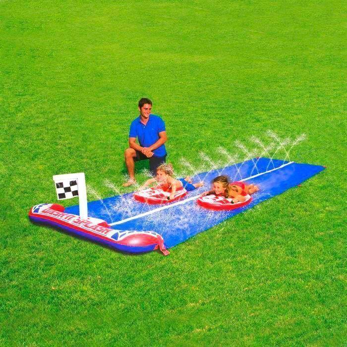 Водные гонки Rally Pro Water SlideТовары для отдыха<br>Не знаете, чем занять детей в тёплый летний день?<br><br><br><br>Водные гонки Rally Pro Water Slide помогут весело и интересно провести время!<br><br><br><br><br><br>    Водные гонки представляют собой дорожку с разделёнными полосами и две доски для сёрфа с прочными ручками. Это настоящий подарок для маленьких непосед.Вода распыляется от центра дорожек, насыщая их водой, чтобы игроки могли скользить по дорожкам на своих сёрфах. Кто больше наберет разгон – тот будет первым и станет победителем! Для надёжной фиксации надувной игры в комплекте Вы найдёт колышки.<br>  <br>    <br>        <br>      <br>  <br>    Набор для весёлого времяпрепровождения детей летом. Полный комплект и компактный размер позволяет брать набор с собой.<br>  <br>    Сделайте лето ребёнка незабываемым!<br>        <br>      <br>  <br>    Отличительный особенности:<br>  <br>    -2 доски для сёрфа с ручками в комплекте<br>            <br>          - Дорожка с разделёнными полосами<br>            <br>          - Распыляющие головки по всей дорожке<br>        <br>      - Колышки для крепления к земле<br>          <br>        -Предохранительные клапаны<br>            <br>          - Для детей от 3-х лет<br>  <br>    <br>        <br>      <br>  <br>    Способ применения:<br>  <br>    <br>        <br>      <br>  <br>    Накачайте надувные части набора. Прикрепите полотно для гонок шестью колышками для крепления горки к земле. Посередине полотна воздвигается разбрызгиватель. При соединении садового шланга включаются распыляющие головки. При сдувании выньте пробку и сожмите клапан с боков у основания.<br>  <br>    <br>      <br>    <br>  <br>    <br>  <br>    Водные гонки Rally Pro Water Slide - настоящий аквапарк у Вас дома!<br>  <br>    <br>        <br>      <br>  <br>    Комплектация:<br>  <br>    Дорожка для водных гонок – 1 шт.<br>        <br>      Доска для серфа с прочными ручками – 2 шт.<br>        <br>      Колышки для крепления горки к земле 