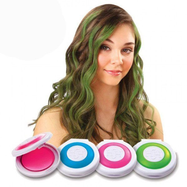 Мелки для волос Hot Huez (Хот Хьюз) (Hair Chalk, Hair Chalkin), для покраски волосМелки для волос<br>Мелки для волос Hot Huez<br> <br>Становитесь яркой и создавайте оригинальный образ с интернет-магазином Дирокс! Для стильных и дерзких мы представляем бесспорный хит продаж - мелки для волос Hot Huez. Это – новомодный hair-тренд, покоривший сердца миллионов красоток. Почитайте отзывы и обязательно купите себе набор для временного окрашивания волос. Делайте разноцветные пряди или яркие кончики волос и создавайте новый образ – пестрые косички, насыщенные локоны, забавные крашенные хвостики – все что угодно! Хотите стать звездой вечеринки? Нужен уникальный образ для фотосессии или праздника? Просто хотите выделиться из толпы? Меняйте цвет волос хоть каждый день – с мелками Hot Huez это легко и быстро. Мгновенный эффект и никакого вреда волосам!<br> <br>  <br> <br>Почему стоит купить мелки для волос Hot Huez (Hair Chalk)?<br> <br>Сухие мелки для волос Hot Huez (Hair Chalk) помогут вам создать запоминающийся и неповторимый образ. Если вы – представитель альт-культуры или просто любите быть разной – вам стоит приобрести мел для волос Hair Chalk. Это недорогой и самый элементарный способ получить яркий и насыщенный цвет волос. Но если вы хотите вернуться к прежнему образу или получить пряди другого цвета – воспользуйтесь своим шампунем. Больше никаких вредных красок и агрессивной химии! Никаких пятен и грязных рук – удобный и практичный набор для мгновенного макияжа волос выручит вас, даже если вас удивили неожиданным приглашением на свидание или вечеринку. Буквально пара минут – и вы неотразимы!<br> <br>В цену набора мелков для волос Hair Chalk включены самые модные цвета – яркий малиновый, изумрудный неон, густой фиолет и синий электрик. Сухая краска находится в специальных коробочках-аппликаторах. Достаточно проложить прядь в середину коробочки, зажать аппликатор пальцами и несколько раз провести мелом по волосам – цветная прядь готова! Можно комбинировать цвета или дела