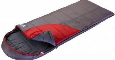 Спальный мешок Trek Planet Dreamer Comfort (70390)Спальные мешки<br>Если вы собираетесь в горный поход, или же вы любитель путешествовать в холодный период (осень, зима), то данная модель подойдет для этого очень хорошо. Теплый, комфортный спальник рассчитан именно на низкие температуры, поэтому даже в средний мороз в нем будет достаточно тепло. Он имеет форму одеяла и капюшон, который можно утянуть так, чтобы ветер не задувал в голову. Упаковывается спальник в компрессионный мешок, поэтому занимает не так уж и много места. Для удобства внутри мешка имеется карман, куда можно сложить необходимые вещи, например, документы.<br>Характеристики:<br><br><br><br><br><br><br> Вес:<br><br><br> 2,65 кг<br><br><br><br><br> Все размеры:<br><br><br> (200+40)х90 см<br><br><br><br><br> Гарантия:<br><br><br> 6 месяцев.<br><br><br><br><br> Диапазон температур,С:<br><br><br> Комфорт: -1/ Лимит комфорта:-10 / Экстрим:-21<br><br><br><br><br> Материал:<br><br><br> 100% поликотон;100% Rip-Stop (Полиэстер)<br><br><br><br><br> Наполнитель:<br><br><br> Hollow Fiber 7H, 2x190 г/м?<br><br><br><br><br> Особенности:<br><br><br> Добавлены две клипсы для легкого открывания чехла, добавлена вторая молния внизу спальника<br><br><br><br><br> упаковка габариты см:<br><br><br> 44*30*30<br><br><br><br><br>