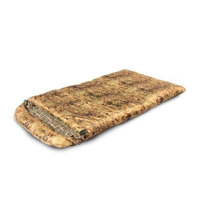 Спальный мешок Prival Берлога_2 КМФ (110см, капюшон, 450 гр./м2)Спальные мешки<br>Спальный мешок БЕРЛОГА II КМФ (Prival) – незаменимый туристический спальный мешок для охоты, рыбалки или просто отдыха в холодное время года. Такие характеристики спальному мешку придает объемный утеплитель из овечьей шерсти – шервисин. Это уникальное полотно обладает утепляющими и лечебными свойствами овечьей шерсти, и, в отличие от гусиного пуха, не слеживается после стирки, легче и компактнее, прост в уходе. Также, благодаря увеличенным размерам, этот спальный мешок подойдет высоким или полным людям, а также тем, кто любит спать свободно. Спальный мешок снабжен двухзамковой разъемной молнией, что позволяет быстро и легко соединить его с другим таким же спальником. Имеет сберегающую тепло планку по краям молнии с внутренней стороны. В нижней части спального мешка находятся петли для удобной просушки и хранения.<br>Характеристики:<br><br><br><br><br><br><br> Вес:<br><br><br> 3,250 кг<br><br><br><br><br> Все размеры:<br><br><br> Длина: 220 см, Ширина: 110 см<br><br><br><br><br> Гарантия:<br><br><br> 6 месяцев.<br><br><br><br><br> Диапазон температур,С:<br><br><br> Комфорт: +4/ Лимит комфорта:-5/ Экстрим:-20<br><br><br><br><br> Материал:<br><br><br> Материал внешней ткани: Poly Dewspa, Материал внутренней ткани: Смесовая с хлопком<br><br><br><br><br> Наполнитель:<br><br><br> Шервисин<br><br><br><br><br> упаковка габариты см:<br><br><br> 52*32*32<br><br><br><br><br>