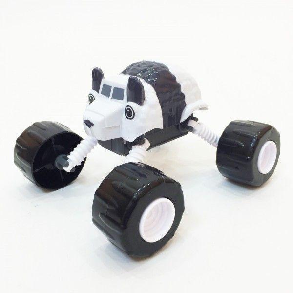 Чудо-машинка Вспыш Панда с гнущимися и вращающимися на 360 градусов колесами, игрушка для детей из мульфильмаМашинки Вспыш<br>Чудо-машинка Вспыш Панда с гнущимися и вращающимися на 360 градусов колесами<br> <br> <br>  <br> <br> <br>Машинка Панда изготовлена из прочных материалов, поэтому ей не страшны ни удары, ни падение, ни неаккуратное обращение детей. Игрушка сохранит свои качества и красоту при любых обстоятельствах. Поверхность машинки Вспыш поддается простому уходу. В конструкции игрушки отсутствуют съемные мелкие части, которые могут быть небезопасны для малышей.<br> <br> <br>  <br> <br> <br>Чудо-машинка Вспыш Панда, не смотря на свою прочность, имеет легкий вес и удобные для игры размеры. Катание по полу, запуск машинки в гоночном соревновании позволяет ребенку развить мелкую моторику и координацию движений. Игра с чудо-машинкой заставляет ребенка постоянно находиться в движении, что окажет положительное влияние на физическое развитие.<br> <br> <br>  <br> <br> <br>Характеристики:<br> <br>Размер: 140х90х110 мм (ДхШхВ)<br> <br> <br>  <br> <br> <br>Для оптовых покупателей:<br> <br>Чтобы купить машинку Вспыш Панда оптом, необходимо связаться с нашими операторами по телефонам, указанным на сайте. Вы сможете получить значительную скидку от розничной цены в зависимости от объема заказа.<br> <br>Для получения информации о покупке товаров посетите разделОптовых продаж<br>