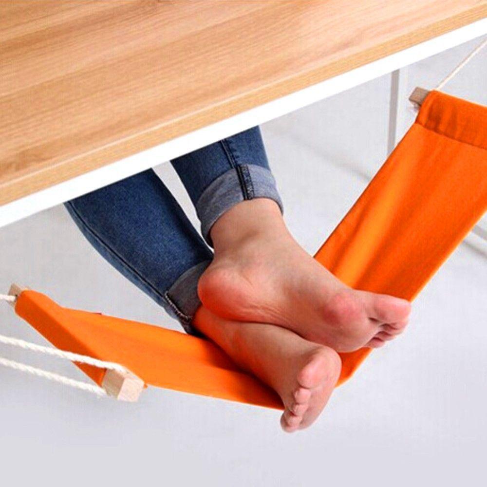 Гамак для релаксации ног Багамы Bradex (Брадекс)Гамаки для ног<br>Гамак для релаксации ног Bradex Багамы<br> <br> <br>  <br> <br> <br>Гамак Bradex Багамы для релаксации ног позволяет создать максимально комфортные условия для людей, которые заняты сидячей работой. Сидячая работа негативно влияет на Ваши ножки, поэтому предлагаем уникальное приспособление гамак для релаксации ног Багамы. Он спасет от переутомления на работе, после длительной езды на велосипеде, автомобиле, а особенно на метро и другом общественном транспорте. Снимите усталость с Ваших ног, сделайте для них настоящий подарок в виде гамака. Высота гамака можно регулировать, для этого в комплекте идут специальные крепления для стола.<br><br><br>  <br><br> <br> <br>  <br> <br> <br> <br>  <br> <br> <br>Особенности:<br> <br>- Уменьшает нагрузку на икры, бедра и ступни<br> <br>- Позволяет удобно расположиться за столом, как для работы, так и для отдыха<br> <br>- Различные варианты крепления<br> <br>- Идеальный подарок коллегам, друзьям, родным и, конечно же, себе<br> <br>- Стильный и яркий дизайн<br> <br>- Качественные, износостойкие, простые в уходе материалы<br> <br> <br>  <br> <br> <br>Характеристики:<br> <br>Материал: холщовая ткань, хлопок, дерево, сталь<br> <br>Размер: 66х16 см<br> <br> <br>  <br> <br> <br>Для оптовых покупателей:<br> <br>Чтобы купить гамак для ног Багамы оптом, необходимо связаться с нашими операторами по телефонам, указанным на сайте. Вы сможете получить значительную скидку от розничной цены в зависимости от объема заказа.<br> <br>Для получения информации о покупке товаров посетите разделОптовых продаж<br> <br> <br>  <br> <br> <br> <br>  <br> <br>