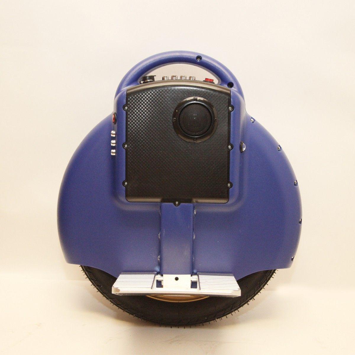 Гироскутер моноколесо HTDDC-D03 Electric Unicycle 14 (Bluetooth) BlueМоноколеса<br>Моноколесо Electric Unicycle S3 14? Синее (Bluetooth, музыка) — быстрая и легкая замена общественного транспорта<br><br> Магазин предлагает новую модель для городского использования — гироскутер S3 14? Синее (Bluetooth, музыка), который никого не оставит равнодушным. Обладая запасом хода в 12 километров, он может промчать вас на скорости до 16 км/ч.<br><br><br> Этот шустрый агрегат не требует специально отведенной площадки. Он создан покорять городские просторы и легко домчит вас по назначению, будь то офис или спортплощадка, супермаркет или пикник в парке. Он не ограничит вас катаниями по парку в выходной день, но подарит свободу передвижения. Для S3 14? Синее (Bluetooth, музыка) сложно отыскать сколь-либо существенные преграды, ведь он способен штурмовать гору с уклоном до 25 градусов.<br><br><br> Благодаря своей компактности он не стесняет ваши передвижения и отлично сочетается с городским транспортом, позволяя доехать до остановки, загрузится, выйти и помчаться дальше по назначению. Его не сложно перемещать или просто везти за собой, что освобождает вас от хлопот с парковкой.<br><br><br> Всего пару часов на обучение в парке и погнали по настоящим улицам. Вам не просто гарантировано внимание окружающих, но ощущения будут уникальными. К бесшумному гироциклу очень скоро привыкаешь, а он дарит вам нереальное ощущение полёта и удовольствие от открытого пространства и свободы.<br><br><br> Кататься на этой модели вдвойне приятней, ведь она оснащена звуковыми динамиками и поддержкой Bluetooth. Вы сможете прокачать это моноколесо любимой музыкой с вашего iPad, iPhone, Android и других bluetooth-ресиверов. Возьмите музыку в дорогу!<br><br><br> Дети, безусловно, будут рады такому подарку. Они всегда восторженно встречают удивительное средство передвижения, а небольшой вес и рост исключают возможность серьезного травматизма.<br><br> <br>Эксплуатационные качества моноколеса Electric Unicycle S