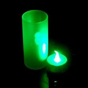 Светодиодная свеча LED Candle зеленая, на батарейках для романтического вечера в стаканеСветодиодные свечи<br>Светодиодная свеча LED Candle в стакане зеленая<br> <br>  Смотрите также - Набор светодиодных свечей с подзарядкой RC-6G 6 шт.<br> <br>Прогресс затрагивает все больше областей нашей жизни. Предметы, не менявшиеся в течение веков и так привычные каждому человеку, вытесняются новыми, более подходящими вещами. Так и светодиодные свечи пришли на смену восковым. Свет в таких свечах создается не огнем, а маленькими светодиодами.<br> <br>Давайте разберемся какие особенности имеют светодиодные свечи перед классическими :<br> <br>Особенности светодиодных свечей<br> <br>Светодиоды не производят пламени, свечку можно поставить в любом удобном месте, не боясь поджечь салфетки или штору. Процессов горения не происходит, а следовательно на потолке не останется желтых следов, а комната не заполнится отравляющим углекислым газом.<br> <br>Электронная светодиодная свеча не сможет запачкать скатерть, одежду или мебель расплавленным воском, об этой проблеме можно забыть!<br> <br>Преимущества светодиодных свечей LED Candle<br> <br>Светодиодная свеча прослужит Вам гораздо дольше восковой. Светодиоды потребляют очень мало энергии, батареек хватит надолго.  <br><br> <br> <br>Свечи LED в стаканах - идеальное решения для  романтического ужина, нового года и любого праздника. Легко украсить абсолютно любое помещение и при этом светодиодные свечи безопаснее восковых. Их можно не бояться использовать даже в ванной и других маленьких помещениях.<br> <br>Свеча идет  в комплекте со стаканом из матового пластика. Свет от такого пластика рассеивается, совершенно не возможно отличить какая именно свеча находится внутри, если только предположить, что огонь тоже может быть цветным и волшебным!<br> <br>Характеристики:<br> <br><br> <br>Питание от 3-х батареек AG13 ( в комплекте)<br> <br>Вес - 40 грамм<br> <br>Размер упаковки: 4,5-9-4,5 см<br> <br>Размер стакана: диаметр - 4 см, высота - 9 см<br> 