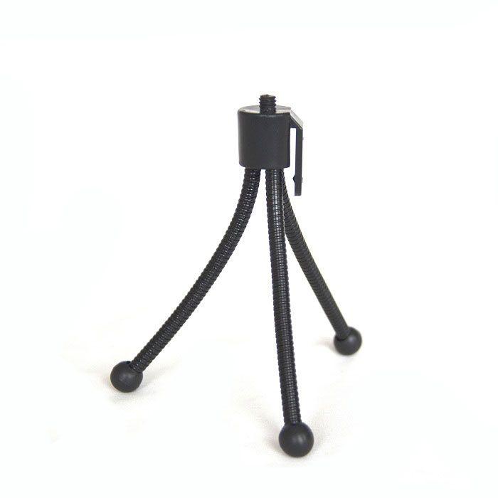 Штатив-тренога TripodАксессуары для смартфонов<br>Хотите сделать свой монопод ещё функциональнее?<br> <br>Незаменимая вещь, которая расширит Ваши возможности в создании снимков в стиле селфи. Компактный размер позволит брать штатив-треногу с собой, а регулируемые ножки позволят получить именно тот снимок, который Вы хотите.<br> <br>Штатив-тренога Tripod прекрасно дополнит Ваш монопод!<br> <br>Со штативом-треногой Tripod Ваш монопод можно использовать, как полноценный штатив.Тренога представляет собсой подставку на 3-х регулирующихся ножках, в которую вкручивается монопод.Штатив-треногаочень легкий и компактный, поэтому брать его везде с собой не составит проблем.Его регулирующиеся ножки позволят настроить Вам нужный уровень инаклон.Возможно сделать общие фотографии с большого расстояния и можно больше не волноваться о том, что кто-то не войдёт в кадр.Отлично подойдет для группового фото, для экстремального фото, а также для съемки видео.<br> <br>Преимущества штатива-треноги:<br> <br> <br> <br> <br>  Удобство применения<br> <br>  Регулируемые ножки<br> <br>  Многофункциональность<br> <br>  Компактный размер<br> <br> <br><br> <br>Способ применения:<br> <br>Установите монопод, в котором будет закреплен смартфон, на треногу. Отойдите на нужное расстояние и делайте снимок либо с Bluetooth – кнопки, либо переведите камеру телефона в режим таймера, и снимок будет сделан автоматически.<br> <br>Делайте ещё больше ярких фото вместе со штативом-треногой Tripod!<br><br>Комплектация:<br><br>Тренога - 1 шт.<br>  <br>Фирменная наклейка КМД-групп со штрих-кодом<br><br><br>    <br>  <br><br>Технические характеристики:<br><br>Цвет: чёрный<br>