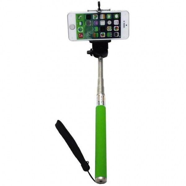 Штатив для селфи Z07-1 без кнопки, для Iphone и Android, 1м зеленый, (монопод, палка), ручной для фото, для смартфонаМоноподы для селфи<br>Штатив (монопод, палка) для селфи Z07-1 без кнопки, для Iphone и Android, 1м зеленый<br><br>  Смотрите также - Другие цвета и модели моноподов<br> <br>С таким оригинальным устройством можно делать роскошные как одиночные, так и групповые селфи без каких-либо проблем или помощи окружающих. Эта легкая модель легко увеличивается или уменьшается по длине с помощью качественной раздвижной системы.<br><br>Преимущества такой съемки:<br> <br>Моноподом можно делать съемку над толпой;<br> <br>Съемка групповых селфи без помощи посторонних;<br> <br>Возможность сфотографировать труднодоступные места.<br><br>Как снимать с помощью монопода?<br> <br>Сделать фото можно поставив телефон на таймер или с помощью приложения CamMe на Iphone, так как в комплекте только селфи палка. Как работает приложение? Устроил удобно свой гаджет, поднял руку, сжал ее в кулак, и часы начнут отсчитывать 3 секунды, за которые тебе останется только красиво улыбнуться.<br><br>Что входит в комплект?<br> <br>Доступно несколько цветов – строгий черный и яркие голубой или розовый.<br><br>Комплектация устройства представлена:<br> <br>Монопод;<br> <br>Регулируемый крепеж для смартфона или планшета;<br> <br>Упаковка.<br><br>Купить такой качественный телескопический монопод можно для любого владельца смартфона/планшета. Особенно он будет полезен для тех, кто любит путешествовать. Или обожает собственные селфи, которым без монопода не хватает размаха и кругозора. Такой гаджет порадует любого, кто предпочитает снимать себя на фоне достопримечательностей.<br>