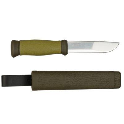 Нож Morakniv 2000 (10629)Ножи туристические<br>Morakniv Outdoor 2000 - это прекрасный комплект, состоящий из ножа и ножн, стилизированный под охотничий или рыбацкий, что придаёт ему ещё большей надёжности. Клинок выполнен из высококачественной стали и подойдёт для любых задач, а благодаря своей уникальной форме - очень удобен в использовании. Morakniv Outdoor 2000 не заставит усомниться Вас в его практичности, поскольку изготовлен в Швеции компанией, которая уже более 30 лет радует потребителей отменной работой. В данной модели рукоять выполнена из прорезиненного пластика, который не только препятствует скольжению в ладони, но и правильно распределяет нагрузку на лезвие. Ножны из прочного пластика с креплением помогут надёжно закрепить Morakniv Outdoor 2000 на поясе или другом приемлемом для Вас месте.<br>Характеристики:<br><br><br><br><br><br><br> Вес:<br><br><br> 0,14 кг<br><br><br><br><br> Все размеры:<br><br><br> Длина лезвия - 10,9 мм; Общая длина ножа - 230 мм<br><br><br><br><br> Материал:<br><br><br> Нержавеющая сталь Sandvik (марка 12C27)<br><br><br><br><br> Особенности:<br><br><br> Пластиковые ножны и рукоятка.<br><br><br><br><br> упаковка габариты см:<br><br><br> 24*4*3<br><br><br><br><br>