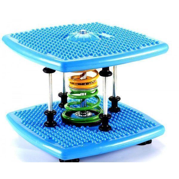 Степпер твист Twister Dance Machine тонкая талия синий, для талии и бедер, для спорта дома поворотныйСтепперы Twister Dance<br>Степпер твист Twister Dance Machine тонкая талия синий<br> <br> <br>  <br> <br> <br>Степпер твист Twister Dance Machine заменит аэробику, батут, беговую дорожку. Вы получите невероятный эффект! В комфортных домашних условиях прямо перед телевизором Вы можете поочередно заниматься всей семьей.<br> <br>Тренажер Dancing stepper поможет вам избавиться от лишнего веса легко и непринужденно. Выполняйте упражнения под музыку и худейте. Ваша талия и бедра заметно уменьшатся в объеме. Компактный мини степпер для дома, как нельзя лучше подходит к малогабаритным городским квартирам. Для него не надо искать места: просто достаньте его из-под кровати и занимайтесь.<br> <br>Во время движений Вы сжигаете калории, развиваете мышцы рук, ног, живота, спины, становитесь более выносливыми и подтянутыми. А главное, не надо никуда идти: тренажерный зал для занятий спортивными танцами уже у Вас дома. И это тренажер Степпер Dance Twister! Ежедневные пятнадцатиминутные упражнения на stepper mini Break Machine-Dance Machine очень полезны для подростков, особенно, если они целыми днями просиживают у мониторов. Тренажер fitness stepper помогает улучшить координацию движений и чувство равновесия, всегда быть в тонусе, укрепить сердечно-сосудистую систему.<br> <br><br> <br>Красивая фигура - это просто!<br> <br>Кто не хочет иметь красивую фигуру? Так сделайте первые шаги на пути к этой цели: купите степперTwister Dance Machineи худейте с удовольствием! Красивые стройные ноги, тонкая талия, упругие бедра и ягодицы – вот результат регулярных занятий.<br> <br>Вы все еще сидите у экранов телевизоров, портите зрение и ухудшаете осанку? Немедленно начинайте заботиться о своем здоровье и внешнем облике! А современный миниатюрный степпер тренажер поможет Вам в этом.<br> <br> <br>  <br> <br> <br>Тренажер Твистер Денс – это уникальное устройство для занятий спортом в развлекательно