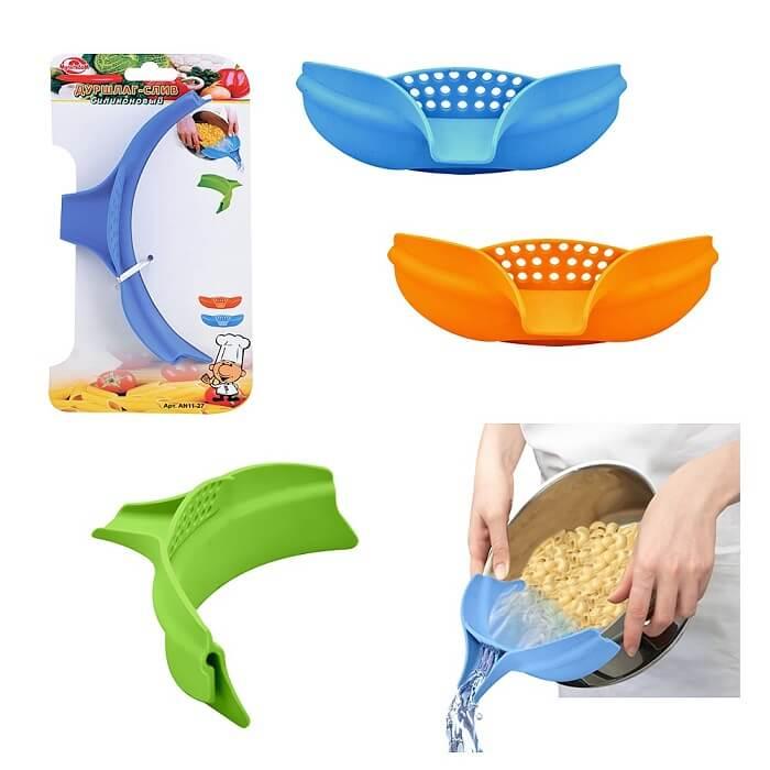 Дуршлаг-слив силиконовыйТовары для кухни<br>Чем заменить массивный металлический дуршлаг?<br><br><br><br>Силиконовым дуршлагом-сливом!<br><br><br><br>    Дуршлаг предназначен для отделения жидкости от продуктов. Приспособление имеет удобный слив, который поможет Вам аккуратно слить жидкость даже в посуду с узким горлышком. Дуршлаг изготовлен из силикона, благодаря чему Вы можете прикладывать его к посуде различного размера и сливать жидкость, не пролив ни капли. Силиконовый дуршлаг-слив выдерживает температуру до +250 °C. Можно мыть в посудомоечной машине.<br>  <br>  <br><br>      <br>          Преимущества дуршлага-слива:<br>        <br>    <br>-Насадка подходит для кастрюль, сковородок и мисок любого размера<br>    <br>  -Удобный слив<br>    <br>  -Можно мыть в посудомоечной машине<br>    <br>  -Подходит для посуды разных размеров<br><br>  <br><br>  <br><br>    Незаменимое приспособление на кухне любой хозяйки. Дуршлаг-слив из силикона станет отличной альтернативой обычному металлическому дуршлагу и при этом почти не займёт места на кухне.<br>  <br>    <br>  <br>    <br>  <br><br><br><br><br>Сделайте свой быт комфортнее!<br><br>Отличительные особенности:<br><br><br><br><br><br>–Материал: силикон<br>    <br>  –Выдерживает температуру до +250<br>    <br>  –Можно мыть в посудомоечной машине<br>    <br>  –Насадка подходит для кастрюль, сковородок и мисок любого размера<br><br>  <br><br>  <br><br>      Способ применения:<br>    <br>    <br>  <br>    Прикрепите накладку на край кастрюли и слейте жидкость.<br>  <br>    <br>      <br>    <br>  <br>    Дуршлаг-слив силиконовый – готовьте с удовольствием!<br>  <br>    <br>        <br>      <br>  <br>    Комплектация:<br>  <br>    Дуршлаг-слив - 1 шт.<br>        <br>      Русскоязычная упаковка с русской наклейкой со штрих-кодом<br>  <br>    <br>          <br>        <br>  <br>    Технические характеристики:<br>  <br>    Цвет: в ассортименте. Выбор конкретных цветов не предоставляется.<br>        <br>      Длина: 24.5 см<br>