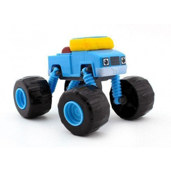 Чудо-машинка Вспыш Синий пикап с гнущимися и вращающимися на 360 градусов колесами, игрушка для детей из мульфильмаМашинки Вспыш<br>Чудо-машинка Вспыш Синий пикап с гнущимися и вращающимися на 360 градусов колесами<br> <br> <br>  <br> <br> <br>Машинка Синий пикап изготовлена из прочных материалов, поэтому ей не страшны ни удары, ни падение, ни неаккуратное обращение детей. Игрушка сохранит свои качества и красоту при любых обстоятельствах. Поверхность машинки Вспыш поддается простому уходу. В конструкции игрушки отсутствуют съемные мелкие части, которые могут быть небезопасны для малышей.<br> <br> <br>  <br> <br> <br>Чудо-машинка Вспыш Синий пикап, не смотря на свою прочность, имеет легкий вес и удобные для игры размеры. Катание по полу, запуск машинки в гоночном соревновании позволяет ребенку развить мелкую моторику и координацию движений. Игра с чудо-машинкой заставляет ребенка постоянно находиться в движении, что окажет положительное влияние на физическое развитие.<br> <br> <br>  <br> <br> <br>Характеристики:<br> <br>Размер: 140х90х110 мм (ДхШхВ)<br> <br> <br>  <br> <br> <br>Для оптовых покупателей:<br> <br>Чтобы купить машинку Вспыш Синий пикап оптом, необходимо связаться с нашими операторами по телефонам, указанным на сайте. Вы сможете получить значительную скидку от розничной цены в зависимости от объема заказа.<br> <br>Для получения информации о покупке товаров посетите разделОптовых продаж<br>