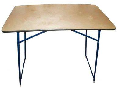 Стол складной 0,9х0,6Кемпинговая мебель<br>Легкий и прочный складной стол, незаменимый одновременно и для похода, и для использования в торговых целях, имеет минималистский дизайн и компактные габаритные размеры. Столешница изготовлена из ламинированного ДВП. Ножки стола изготовлены из стальной трубы ? 16 мм.<br>Характеристики<br><br><br><br><br> Вес:<br><br><br> 7 кг.<br><br><br><br><br> Все размеры:<br><br><br> 90*60 см<br><br><br><br><br> Гарантия:<br><br><br> 2 недели.<br><br><br><br><br> Каркас:<br><br><br> стальная труба ? 16 мм.<br><br><br><br><br> Материал:<br><br><br> Ламинированный ДСП<br><br><br><br><br> упаковка габариты см:<br><br><br> 90*60*5<br><br><br><br><br>