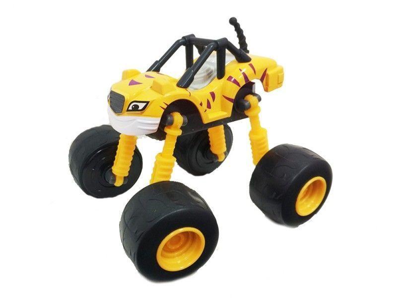 Чудо-машинка Вспыш Рык с гнущимися и вращающимися на 360 градусов колесами, игрушка для детей из мульфильмаМашинки Вспыш<br>Чудо-машинка Вспыш Рык с гнущимися и вращающимися на 360 градусов колесами<br> <br> <br>  <br> <br> <br>Машинка Рык изготовлена из прочных материалов, поэтому ей не страшны ни удары, ни падение, ни неаккуратное обращение детей. Игрушка сохранит свои качества и красоту при любых обстоятельствах. Поверхность машинки Вспыш поддается простому уходу. В конструкции игрушки отсутствуют съемные мелкие части, которые могут быть небезопасны для малышей.<br> <br> <br>  <br> <br> <br>Чудо-машинка Вспыш Рык, не смотря на свою прочность, имеет легкий вес и удобные для игры размеры. Катание по полу, запуск машинки в гоночном соревновании позволяет ребенку развить мелкую моторику и координацию движений. Игра с чудо-машинкой заставляет ребенка постоянно находиться в движении, что окажет положительное влияние на физическое развитие.<br> <br> <br>  <br> <br> <br>Характеристики:<br> <br>Размер: 140х90х110 мм (ДхШхВ)<br> <br> <br>  <br> <br> <br>Для оптовых покупателей:<br> <br>Чтобы купить машинку Вспыш Рык оптом, необходимо связаться с нашими операторами по телефонам, указанным на сайте. Вы сможете получить значительную скидку от розничной цены в зависимости от объема заказа.<br> <br>Для получения информации о покупке товаров посетите разделОптовых продаж<br>