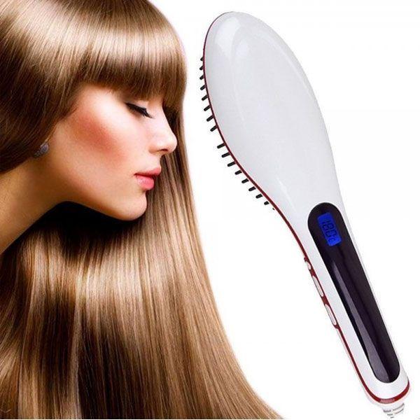 Электрическая расческа - выпрямитель Fast Hair Straightener, белый с ионизацией, для волос, (Фаст Хаер)Плойки<br>Электрическая расческа - выпрямитель Fast Hair Straightener, белый<br> <br> <br>  <br> <br> <br>Fast Hair Straightener — это расческа, применяемая для выпрямления волос под действием тепла. Принцип действия схож с работой утюжков, но есть существенные различия, которые позволяют этой новинке выйти на первые позиции рейтингов устройств для красоты волос.<br> <br>Эта новинка недавно появилась в европейских магазинах, но очень быстро набирает популярность. И мы рады одними из первых в России предложить Вам электрическую расческу-выпрямительFast Hair Straightener. Эта расческа не только выпрямляет волосы, но и ионизирует их, делая более блестящими и гладкими.<br> <br> <br>  <br> <br> <br>Органы управления и элементы расчески<br> <br><br> <br> <br>  <br> <br> <br>Как работает?<br> <br>При включении в электросеть расческа достаточно быстро разогревается до нужной температуры, буквально за несколько секунд. При этом свойство керамических элементов проводить тепло позволяет поддерживать стабильную температуру в течение всей работы прибора, которая была выбрана пользователем. <br>  <br> <br>  <br> Время воздействия зависит от типа волос, их длины и густоты, уровня спутанности, пушистости и степени завивки. Наименьшее количество времени требуется для обработки коротких волос. Общий рабочий цикл — от 5 до 10 минут. <br>  <br> <br>  <br> Благодаря турмалиновому покрытию, нанесенному на расческу, в процессе нагревания тепло равномерно распределяется по всей рабочей поверхности, это позволяет не обжигать волосы.<br> <br><br> <br>В чем особенность расчески Fast Hair Stranger?<br> <br>1. Это первый электрический выпрямитель в виде расчески. Он объединяет в себе массажную щетку для волос и утюжок. Теперь Вы можете выпрямлять и разглаживать волосы, просто расчесывая их.<br> <br>2. С щеткойFast Hair Straightenerвыпрямление волос и укладка занимает всего 5-10 минут.<br> <br>