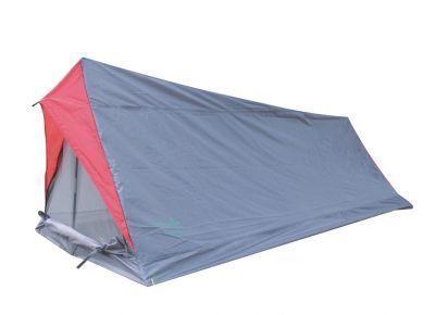 Палатка Green Glade MinicasaТуристические палатки<br><br> Палатка Minicasa<br><br><br>  <br><br><br> Недорогая однослойная палатка-домик для непродолжительных выездов на природу в хорошую погоду в весенне-летний сезон. Она практически не занимает места в рюкзаке или сумке. Хорошо подойдет как:<br><br><br> 1. Палатка для велопоходов и пеших походов, когда важен меньший вес и меньший размер.<br><br><br> 2. Фестивальная палатка.<br><br><br> 3. Палатка для походов выходного дня.<br><br><br> 4. Палатка для летней рыбалки с ночевкой.<br><br><br> Водостойкость тента 1000 мм, что вполне достаточно для защиты от дождя и ветра. Однако надо помнить, что швы в этой модели не проклеены, поэтому если Вы собираетесь на природу в дождливую погоду, то лучше выберите палатку подороже, с проклеенными швами.<br><br><br> Это самая легкая палатка. Вес ее с двумя стойками каркаса всего 900 г.!!! Если для Вас важно максимально облегчить свой рюкзак, то Вы можете не брать с собой стойки каркаса, их легко можно заменить двумя найденными на месте стоянки палками, и тогда вес палатки будет всего 680 г.!!! <br><br><br> Эту легкую двускатную палатку можно очень просто установить буквально за 3-5 минут.<br><br><br> Москитная сетка на входе в палатку дублируется глухой дверью, которая застегивается на молнию.<br><br><br> Вентиляция осуществляется через вентиляционный клапан на задней стенке палатки, который представляет собой треугольное окошко из москитной сетки,  закрытое снаружи водонепроницаемым клапаном, который можно приоткрыть для лучшей вентиляции.<br><br><br> Внутри палатки есть кармашек для мелочей.<br><br><br> Эта модель полный аналог палатки High Peak Minilite, с сохранением всех достоинств палатки немецкого концерна Simex Sport.<br><br><br> <br><br><br> Может успешно использоваться как палатка для пеших и велопоходов, как фестивальная палатка.<br><br>Характеристики:<br><br><br><br><br><br><br> Вес:<br><br><br> 0,90 кг.<br><br><br><br><br> Водонепроницаемость:<br><br><br> 1000 мм.<br><