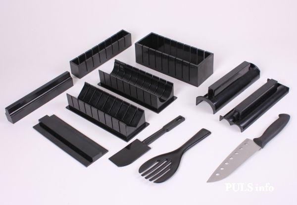 Мидори набор для приготовления роллов (Sushi Maker set with Knife Суши)Наборы Мидори<br>Набор для приготовления роллов Мидори (Sushi Maker set with Knife Суши)<br> <br>   Смотрите также - Машинка для приготовления суши и роллов Instant Roll <br> <br> Мидори - для приготовления роллов (СУШИ) - это полноценный сет для изготовления роллов и суши, содержащий в себе все необходимое для их изготовления в самых разных формах. <br> <br>  С помощью набора Мидори можно приготовить роллы: квадратные большие, квадратные маленькие, в форме сердечка, треугольной формы, круглой формы. <br> <br>  На сегодняшний день, домашним приготовлением суши удивить кого-то уже сложно. Но похвастаться действительно красивыми роллами различной формы могут далеко не все поклонники японской кухни.  <br> <br>  Позволяет готовить роллы красивых форм без каких-либо сложностей. На самом деле для потрясающих суши и роллов требуется не так много приспособлений, и все они включены  в комплект поставки. <br> <br>Особенности Мидори<br> <br>  Мидори состоит из различных форм, каждая из которых предназначена для приготовления. Набор  для роллов содержит в себе формы определенных размеров. Также в наборе присутствует специальный нож для нарезки роллов и две лопатки для разравнивания и трамбовки риса. <br> <br>Набор содержит:<br>  <br> <br>  Форма для продавливания<br> <br>  Форма делает маленькие квадратные роллы<br> <br>  Крышка для плоского верха<br> <br>  Форма для треугольного основания<br> <br>  Форма для круглого основания<br> <br>  Форма делает большие квадратные роллы<br> <br>  Шпатель<br> <br>  Лопатка<br> <br>  Форма для круглого верха<br> <br>  Форма делает роллы сердечком<br> <br>  Нож для приготовления нори<br> <br> <br>Круглая форма<br>  <br> <br>  Поместите форму 6. на форму 5.<br> <br>  Внутрь части 5. укладывается лист нори, по нему с помощью лопатки 8. равномерно укладывается рис, до заполнения формы<br> <br>  При помощи формы 1. сделайте углубление в рисе<br> <br>  В углубление поместите на