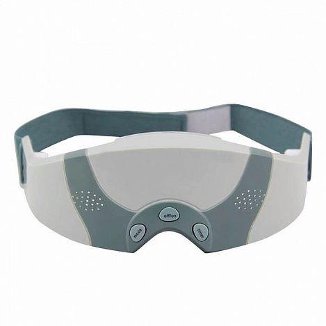 Магнитно-перфорационный массажер для глаз FITSTUDIOМассажеры для глаз<br>Глаза устают из-за постоянной работы на компьютере?<br><br> Магнитно-перфорационный массажер для глаз FITSTUDIO поможет Вам избавиться от усталости и боли в глазах!<br><br><br> Во время работы массажера с помощью магнитного поля и массажа происходит воздействие на акупунктурные точки, расположенные вокруг глаз. При этом улучшается кровообращение, активизируется обмен веществ в тканях, усиливается питание тканей и органов. Все это способствует нормализации функции зрительного органа, улучшению остроты зрения, снятию усталости глаз.<br><br><br> В данной версии массажера на 4 массажных щупа больше, чем у модели Магнитно-акупунктурный массажер для глаз FitStudio (207:A). Кнопки у магнитно-перфорационного массажера расположены спереди, у предыдущих моделей - в верхней части. У новой версии прибора имеются перфорационные отверстия, благодаря которым проходящий через них свет благоприятно воздействует на мышцы глаз и стимулирует работу глазничного нерва. Также отверстия создают эффект вентиляции. Магнитно-перфорационный массажер оснащен удобным эластичным ремнем на застежке-липучке. <br><br>Способ применения:<br><br> Перед использованием массажных очков снимите контактные линзы. Наденьте массажер, включите его, выберите режим и установите таймер. Проводите процедуры ежедневно, по 3 раза, в течение 3-5 минут.<br><br><br> С магнитно-перфорационным массажером для глаз FITSTUDIO вы сможете устранить темные круги, мешки, морщины вокруг глаз и расслабиться после активного трудового дня!<br><br>Комплектация<br> <br><br> Массажёр для глаз - 1 шт. <br> Сетевой адаптер - 1 шт.<br> Русскоязычная упаковка с русской наклейкой со штрих-кодом<br> Русскоязычная инструкция<br><br>Технические характеристики<br> <br><br> Цвет: серый, темно-зеленый<br> Вес в упаковке: 250 гр. <br> Размер упаковки: 22*19*9,5 см<br> Диаметр щупа: 1 см <br> Количество щупов: 26 шт. <br> Магниты: есть, в каждом щупе<br> Массажные программы: 